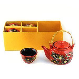 Набор чайный на 4 персоны красный с цветами