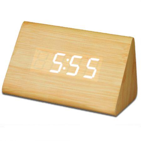 """Часы-будильник """"Пирамида"""" 12 см бамбук белые цифры зв. активация"""